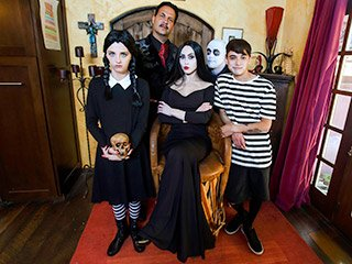 Audrey Noir and Kate Bloom Addams Family Orgy